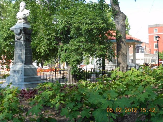 Park Green Statue